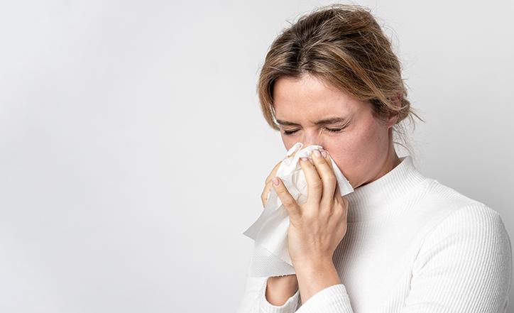 Los CDC añaden 6 nuevos síntomas relacionados al COVID-19